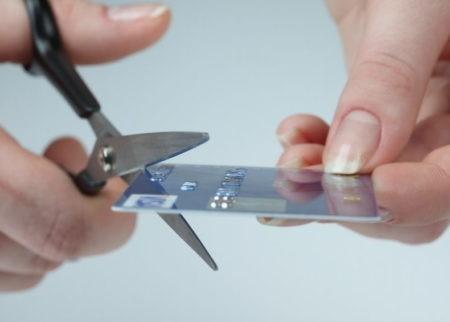 Заканчивается срок действия карты Сбербанка: что делать
