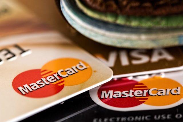 Как получить денежный займ в мфо переводом на банковский счет