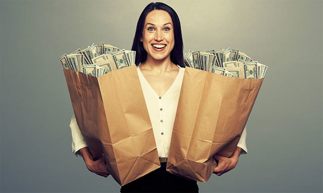 В какой мфо можно взять займ с 22 лет: список и отзывы заемщиков
